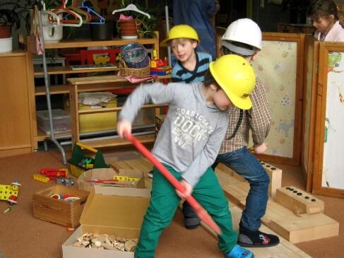 KinderalsBauarbeiter